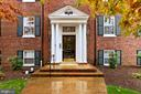 400 Commonwealth Ave #207
