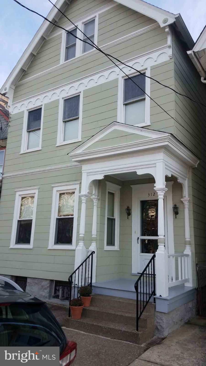 312 W MONROE STREET, EASTON, PA 18042