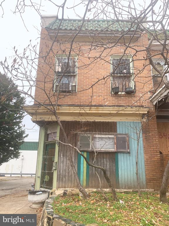 Excellent opportunity to add value as a rental or a flip. Pay yourself back within a year of ownership! Mixed use property. Has First floor commercial with separate residential 2 bedroom 1 bath apartment!