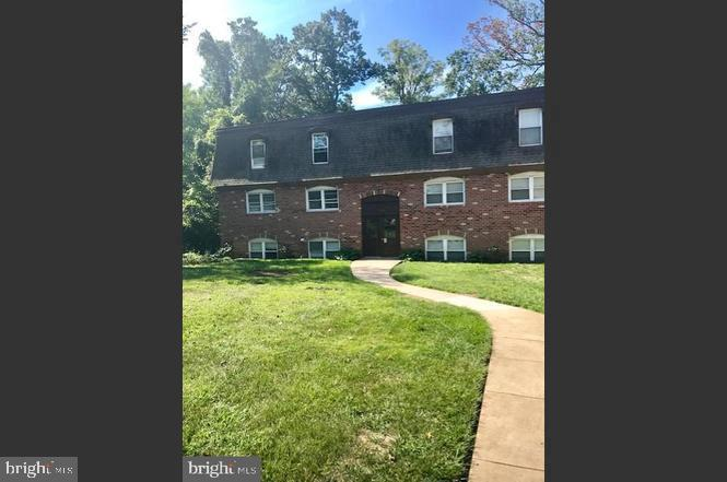 Beautiful and modern, 2nd-floor condo unit, all new stainless steel appliances. Ready for a small family with Recently renovated including NEW carpeting & new paint throughout !! Gas range, dishwasher, and refrigerator included. Excellent location near Belair and Harford Roads. Parkville shopping just minutes away. occupants. A credit check and employment verification required.