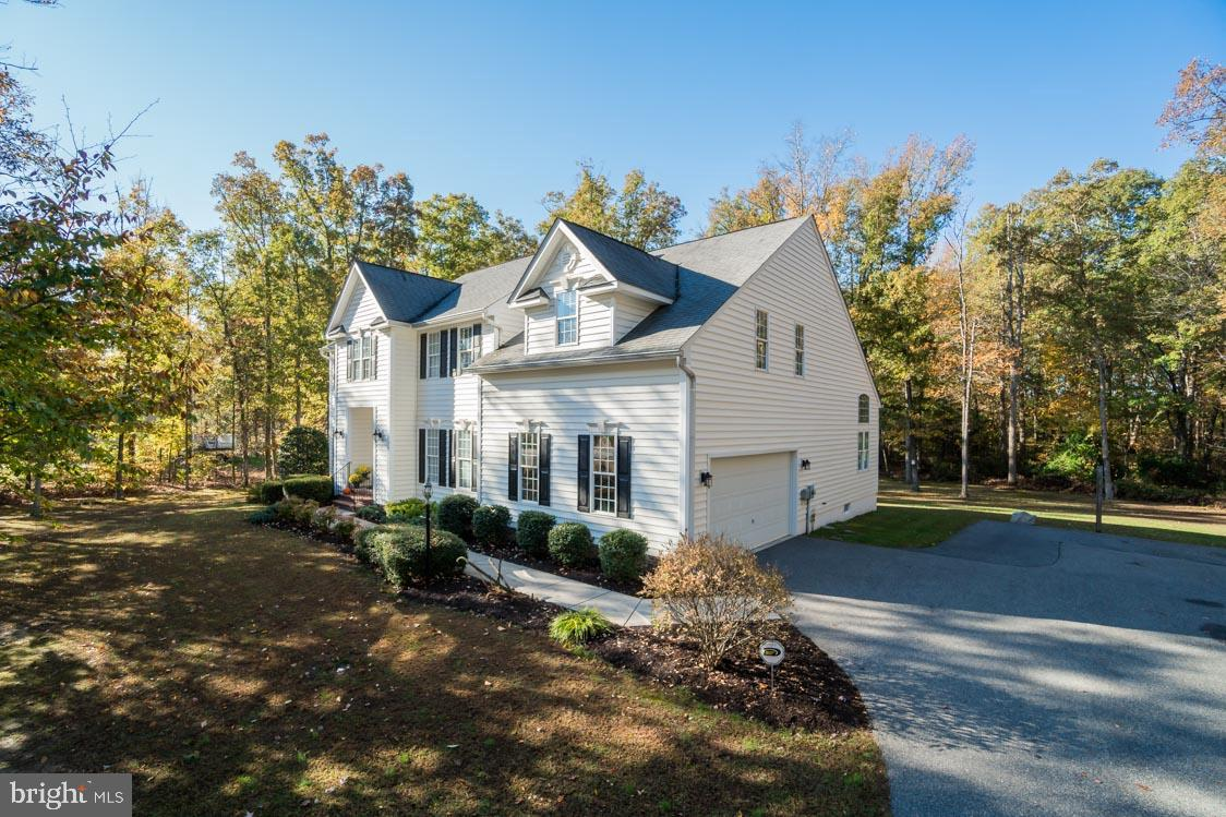70 Town And Country Dr, Fredericksburg, VA, 22405