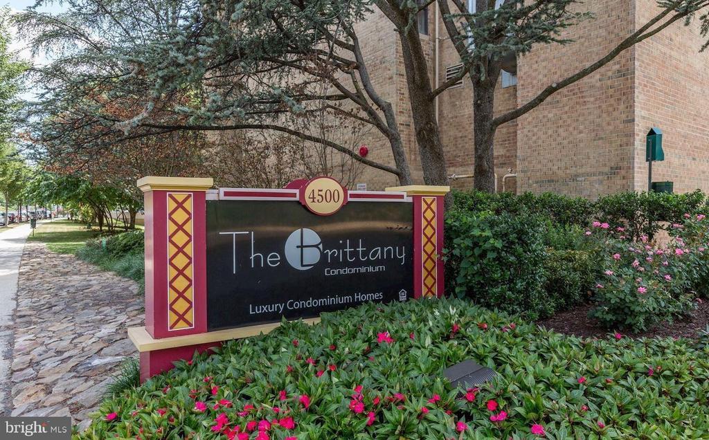 Arlington Homes for Sale -  Ocean View,  4500 S FOUR MILE RUN DRIVE  618