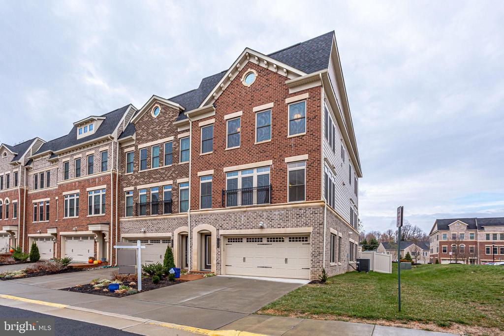 7220  MAGPIE LANE, one of homes for sale in Falls Church