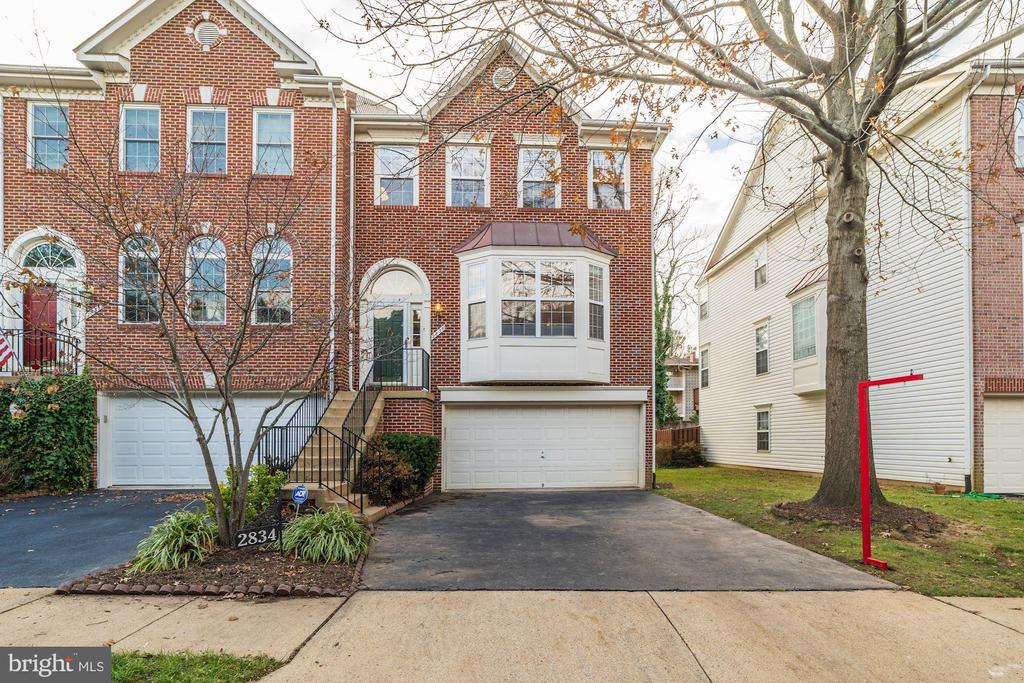 2834 LITTLE FALLS PLACE #, FALLS CHURCH, FAIRFAX CO. VA 22042