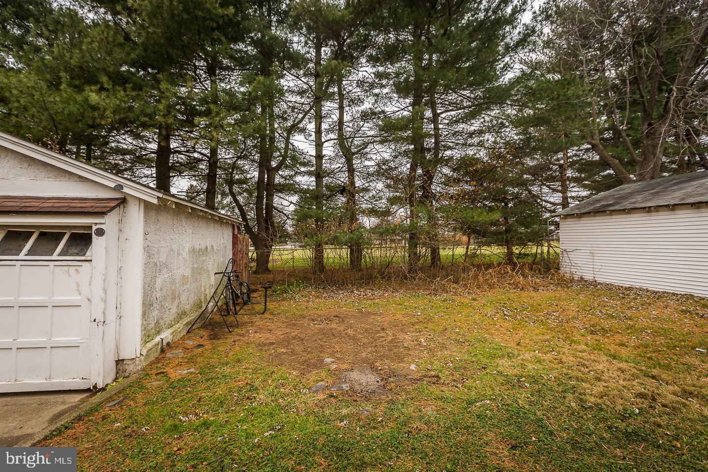 640 Country Club Lane Havertown , PA 19083