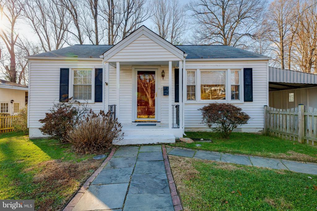 10921  BERRY STREET, Fairfax, Virginia