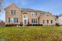 2819 Mustang Dr