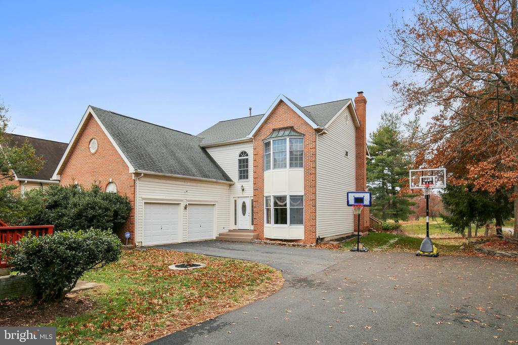 3742  MILLPOND COURT, Fairfax, Virginia