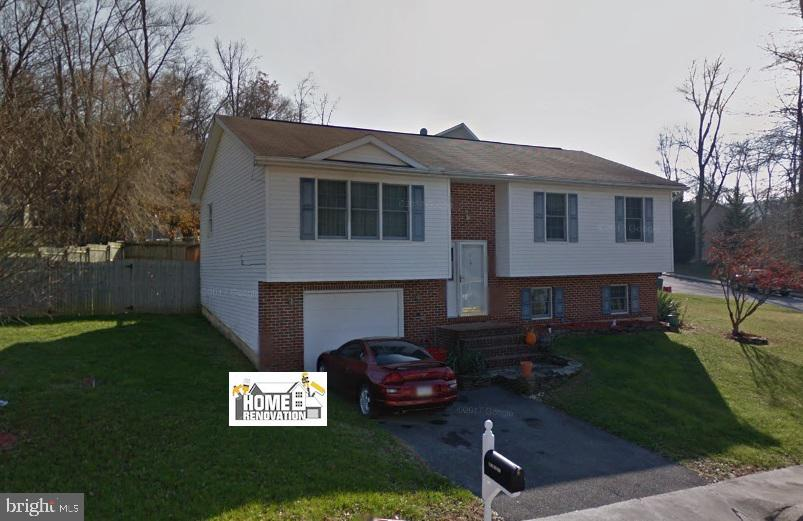 2 YANKEE DRIVE, MOUNT HOLLY SPRINGS, PA 17065
