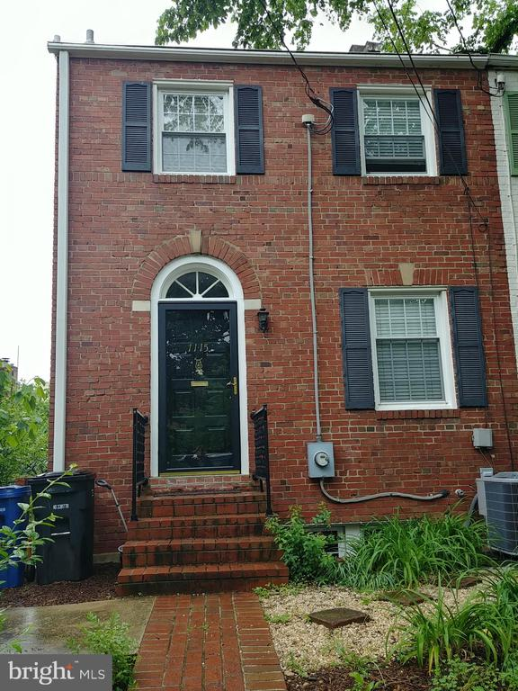 Available 1/1/2020. Updated end unit townhouse conveniently located in Virginia Village. Fantastic location with easy access to GW Parkway. Quick 10 minute walk to Braddock Metro, Trader Joe's, Harris Teeter, and Old Town Alexandria shops/restaurants. Two upper floor bedrooms with a main floor office/guest bedroom. Two full baths with TWO additional half baths. Home offers hardwood floors, ceramic tile in baths, newer stainless kitchen appliances and washer dryer. Private rear patio with storage shed and easy street parking. Unfurnished rental. Small dogs OK case by case.
