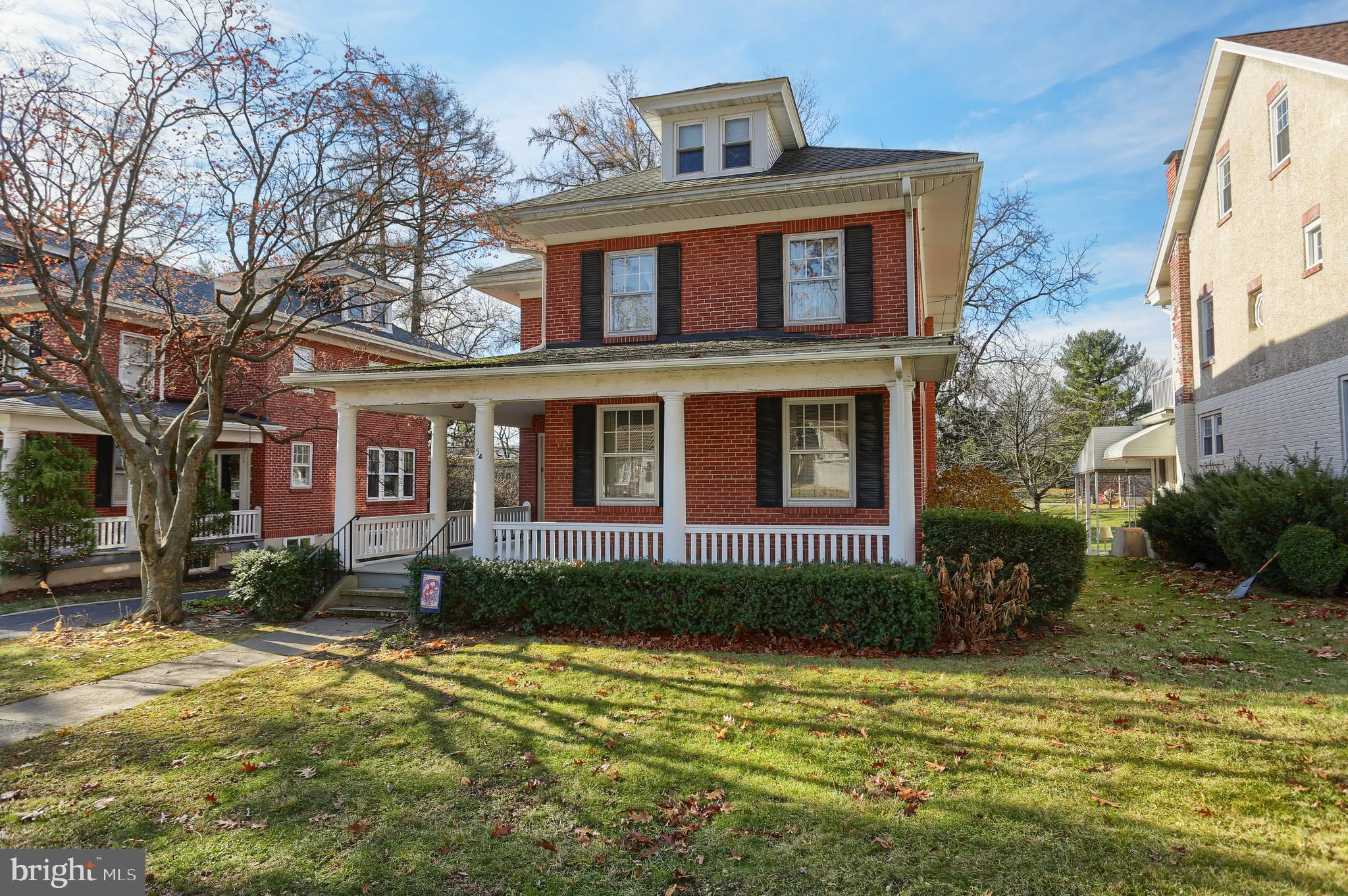 54 UPLAND ROAD, READING, PA 19609