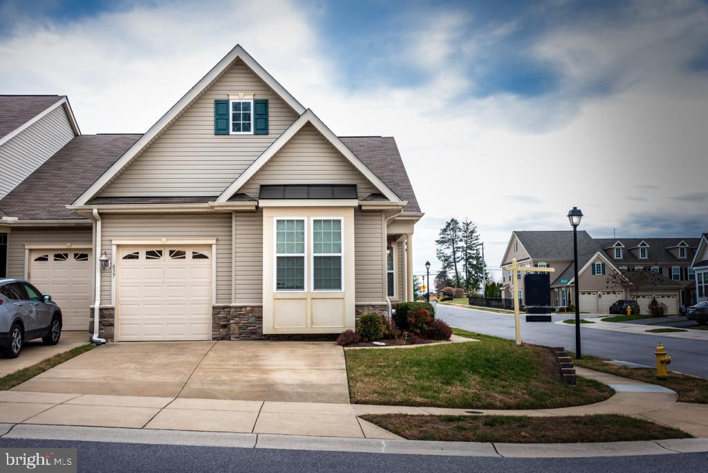 637 WHERRY COURT, MILLERSVILLE, ANNE ARUNDEL Maryland 21108, 2 Bedrooms Bedrooms, ,3 BathroomsBathrooms,Residential,For Sale,WHERRY,MDAA420404