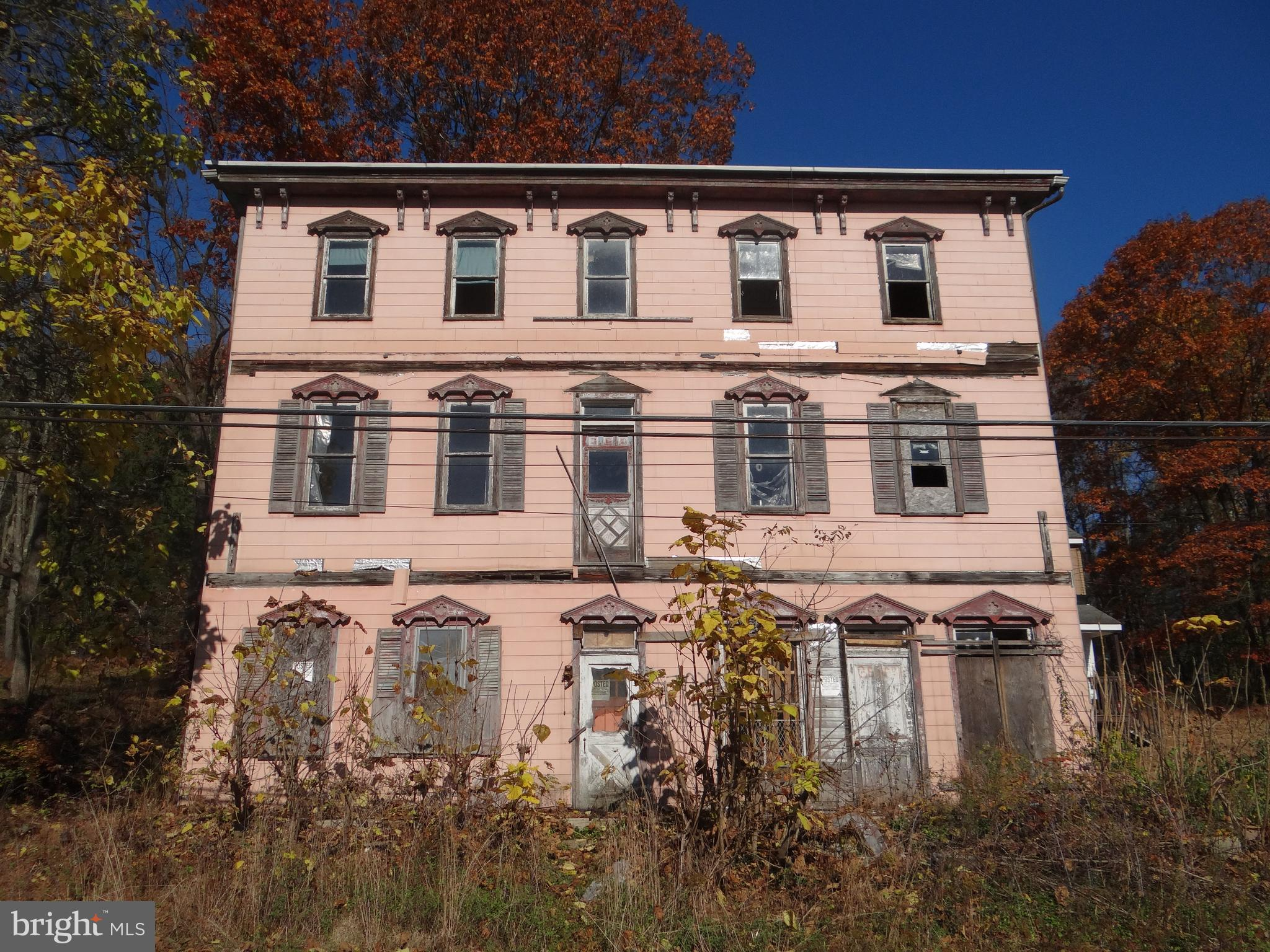 5 MILL ROAD, BRANCHDALE, PA 17923