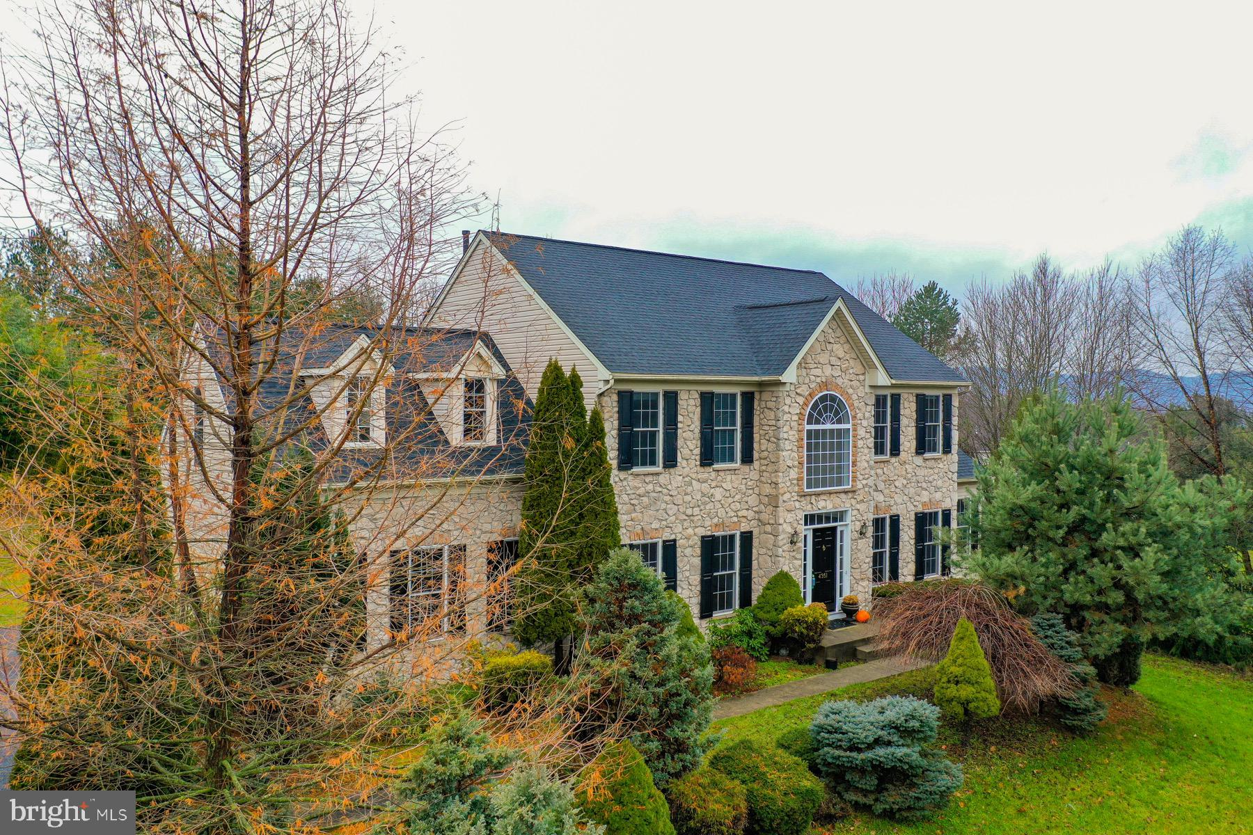 4351 BLUE CHURCH ROAD, CENTER VALLEY, PA 18034