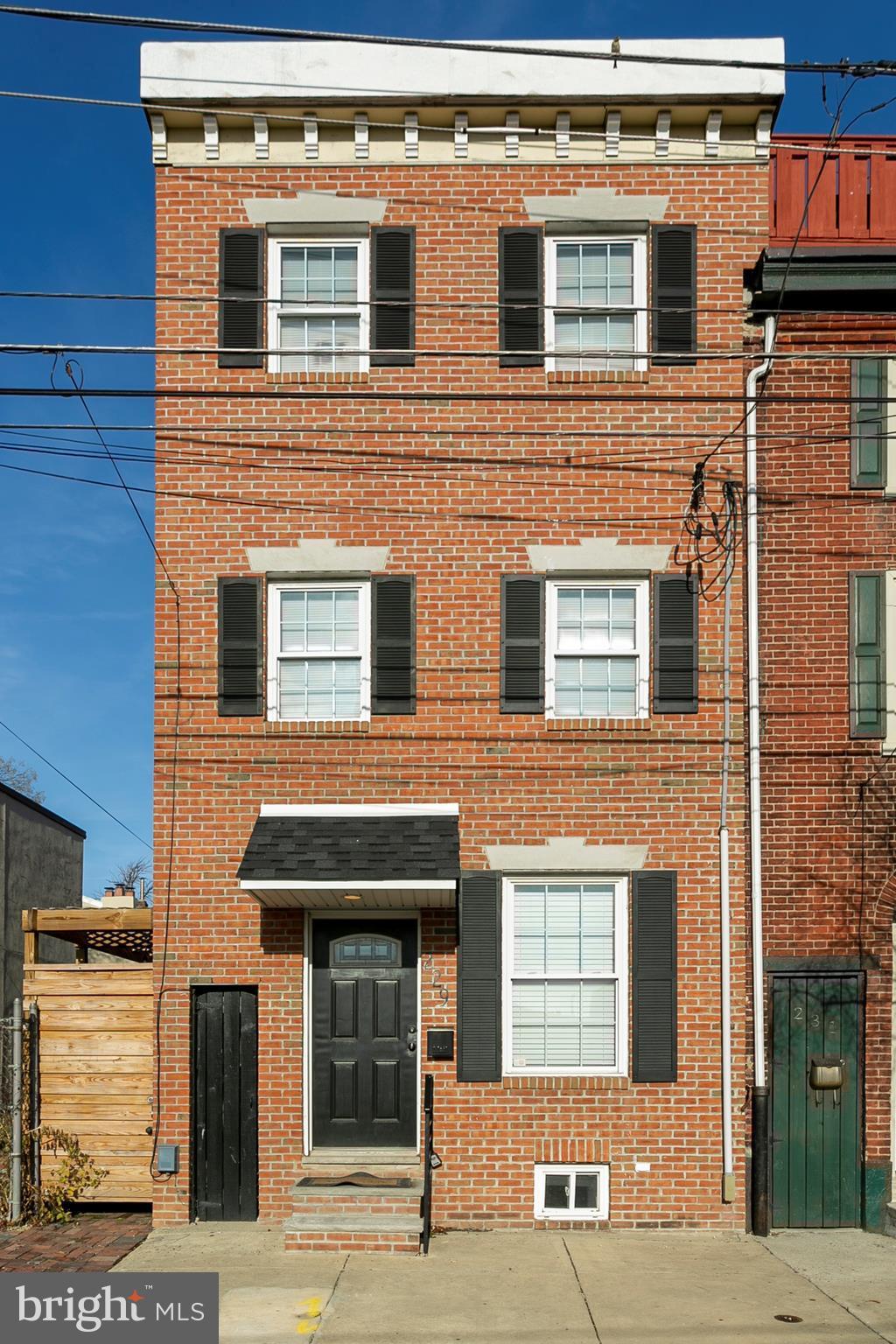 229 E Allen Street, Philadelphia, PA 19125