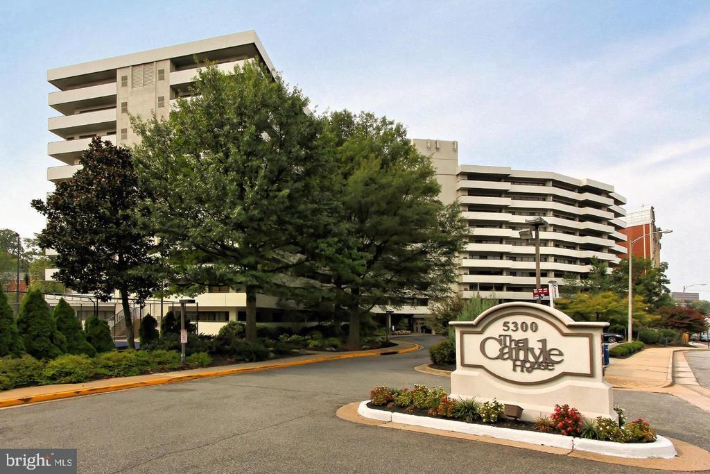5300 Columbia Pike #103, Arlington, VA 22204