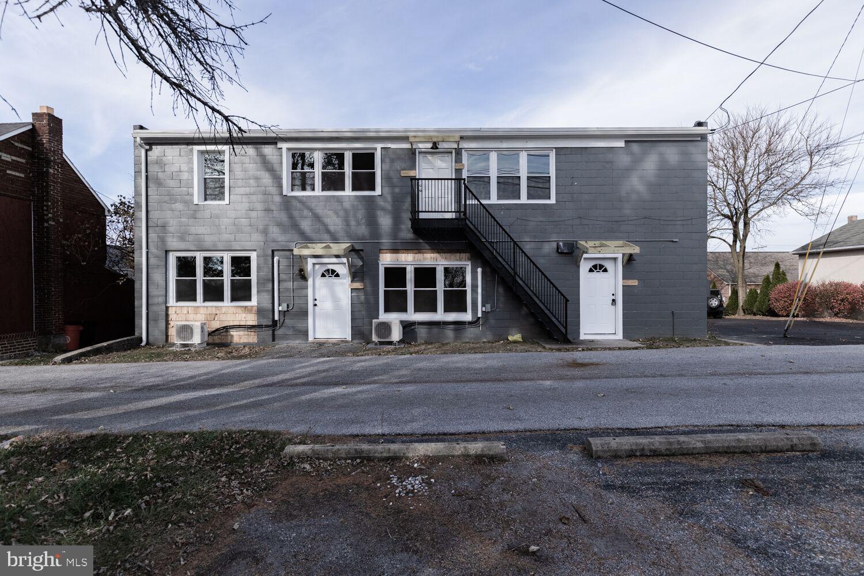 622 BROADWAY STREET W, RED LION, PA 17356