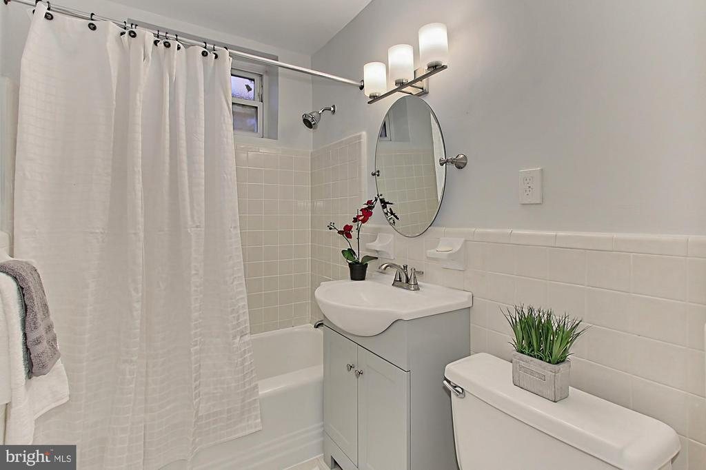 Photo of 1301 N Ode St #110