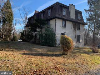 2247 MILL ROAD, ASTON, PA 19014