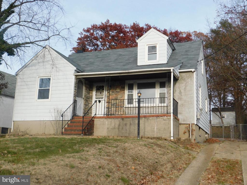 *Multiple offer situation* Highest and  Best offers due by 2/3/2020 at 10 am. 4 Bed 2 Ba in Rosedale Terrace. Ready for your renovations. HUGE Yard in the rear of the home.NEW Roof, Long driveway with parking pad in the rear. **Property Eligible Under Freddie Mac 1st Look Initiative Through 1/4/2019.** This Property Is Being Sold in As-Is Condition, Seller Will Not Make Any Repairs*Seller Is Exempted From Paying Transfer Taxes and Recordation Taxes, Buyer Must Pay All* Certified EMD Check Must be held by Listing Broker. Please READ BRIGHT docs for instructions to submit all offers.