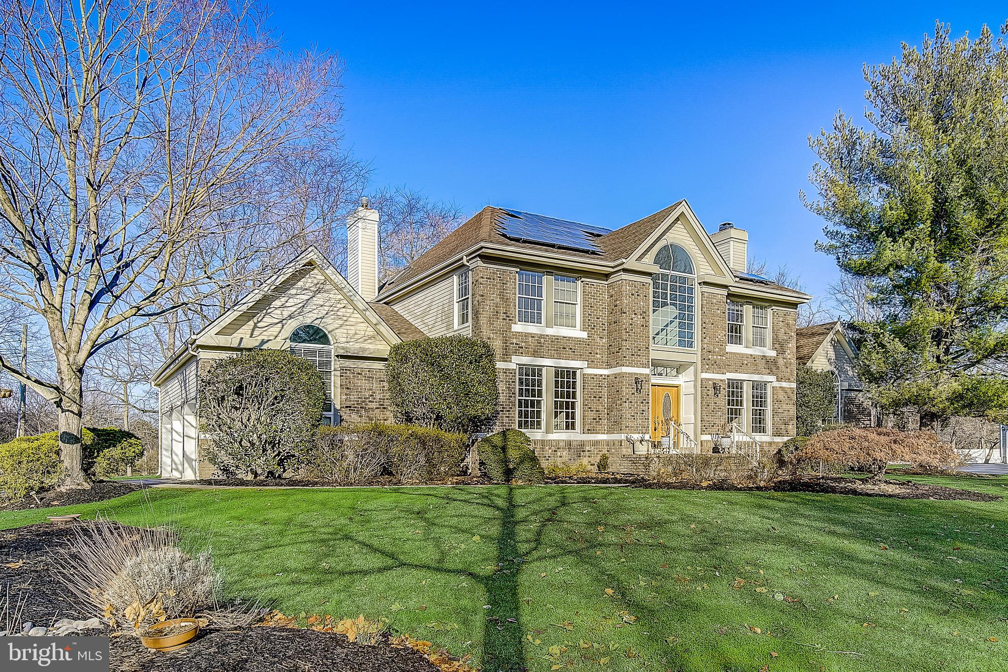 5 REVERE COURT, PRINCETON JUNCTION, NJ 08550