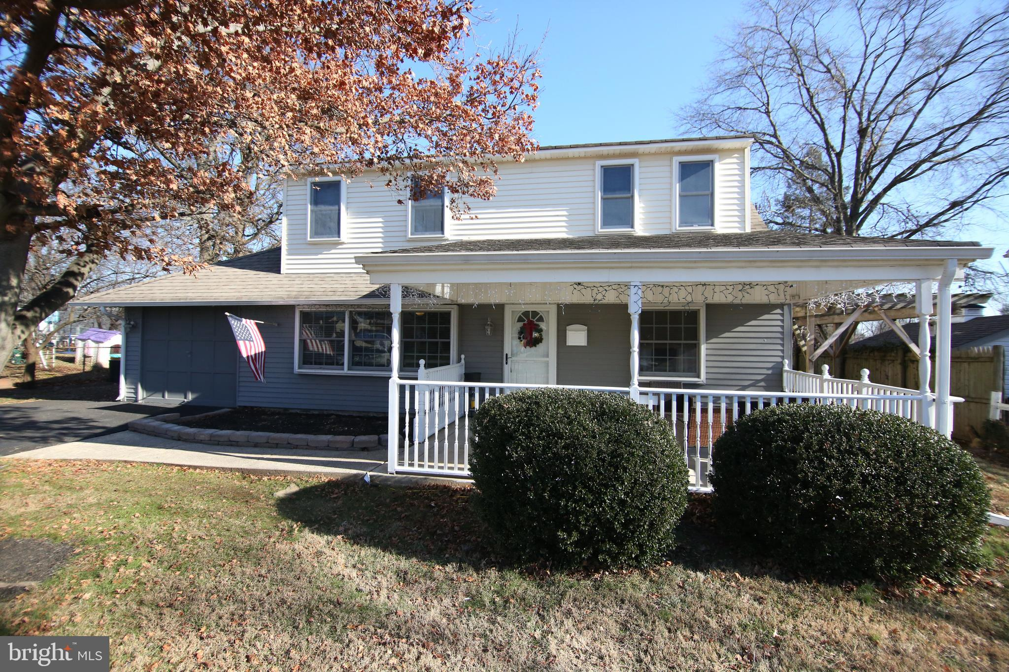 100 COBALT CROSS ROAD, LEVITTOWN, PA 19057
