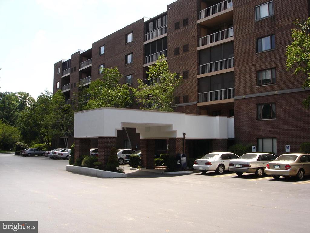 One of the largest units in a very desirable Wynnewood  Condo building. Updated and ready to go, the kitchen was new in 2017 and is bright and white. Plenty of counter space and ample cabinet storage, the cook will love it. Heater and Air Conditioner  new in 2018. Beautiful hardwood floors throughout. Both bathrooms were updated in 2017.  The master bedroom boasts a big walk in closet.  Plenty of  storage space in this unit. The stack washer and dryer combo is found in a laundry room with pantry shelves and there is so much space that the current owner placed her desk here . Great place to tuck away your office and computer to leave the second bedroom free for guests. This laundry/ pantry/ office space is closed off by a custom made barn door. Both the living room and master bedroom  have sliders that open to a balcony.  On the quiet back side of the building, your view is of the park like setting and your balcony overlooks the pool. The building itself is a secure elevator building with night time security.  The spacious lobby features floor to ceiling windows and a library off to the side. There is a community party room where residents and/or families can gather. Each unit has a storage bin that is accessed from the lobby level, and there is plenty of off street parking.  Lovely landscaped grounds.  A most convenient location. Walk to Whole Foods and to restaurants, shopping and transportation. Move in ready for a new year. Start 2020 off right. Come home to 1219 Wynnewood.