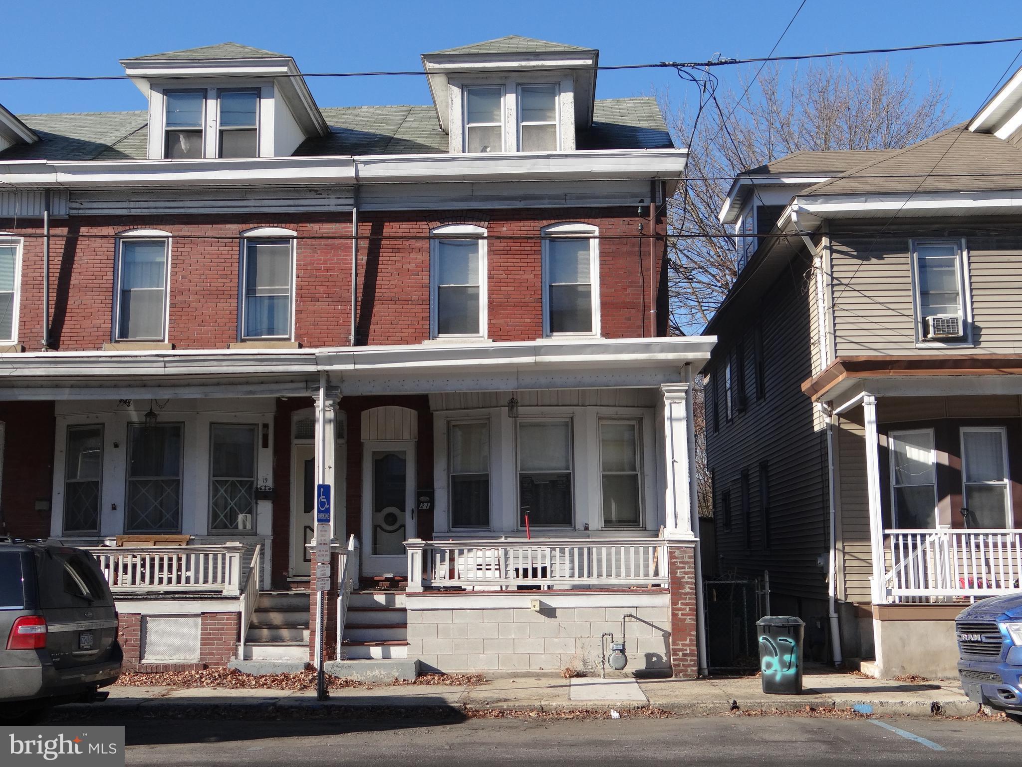 21 COAL STREET, PORT CARBON, PA 17965