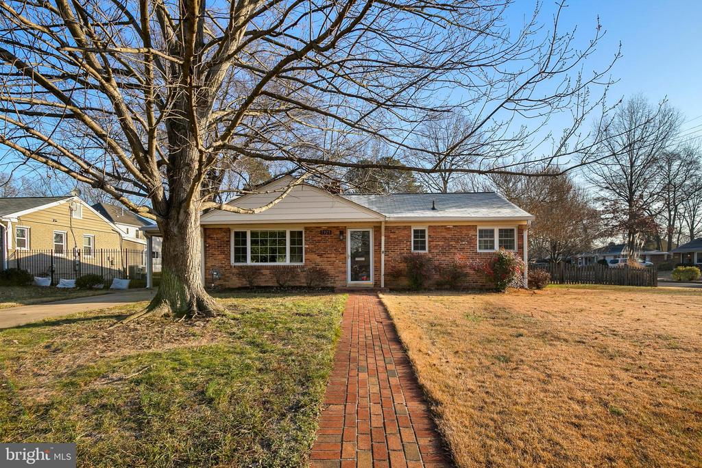 7925  FAIRFAX ROAD 22308 - One of Alexandria Homes for Sale