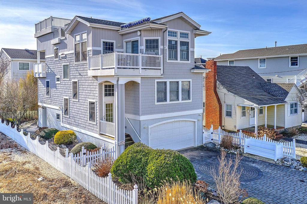 16 E S 31ST, Long Beach Island in OCEAN County, NJ 08008 Home for Sale