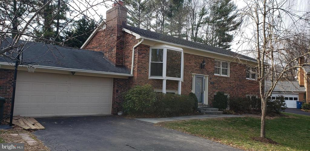 Photo of 3372 Hickory Hills Dr