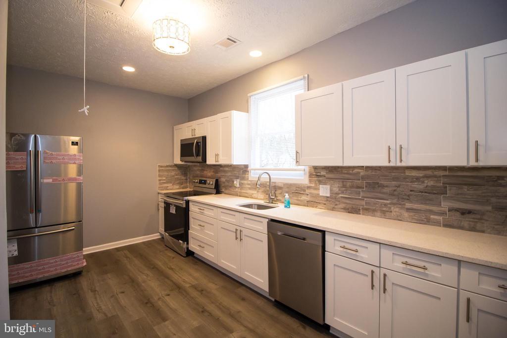 699 204TH STREET, PASADENA, Maryland 21122, 2 Bedrooms Bedrooms, ,1 BathroomBathrooms,Residential,For Sale,204TH,MDAA430354