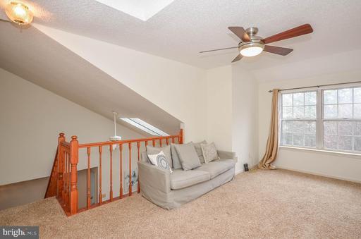 3806 Green Ridge Ct #302, Fairfax 22033