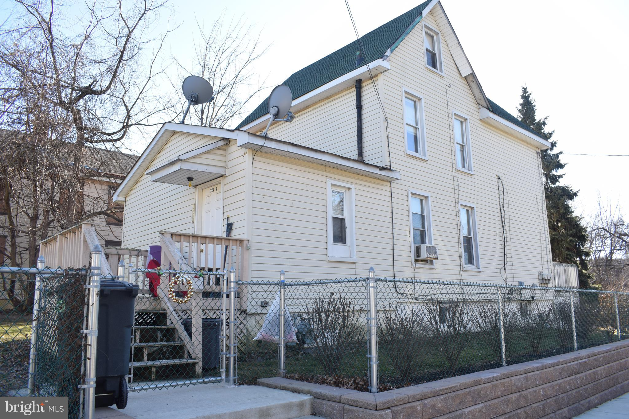 224 Randall Avenue, Crum Lynne, PA 19022