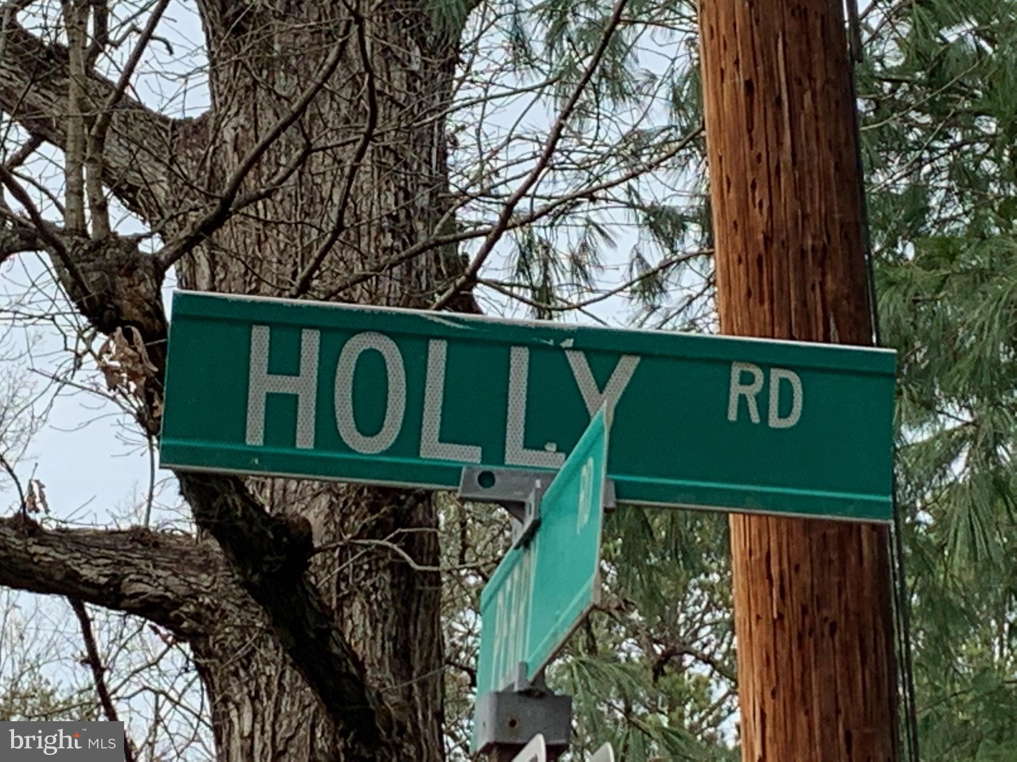 108 HOLLY ROAD, WILLIAMSBURG, VA 23185