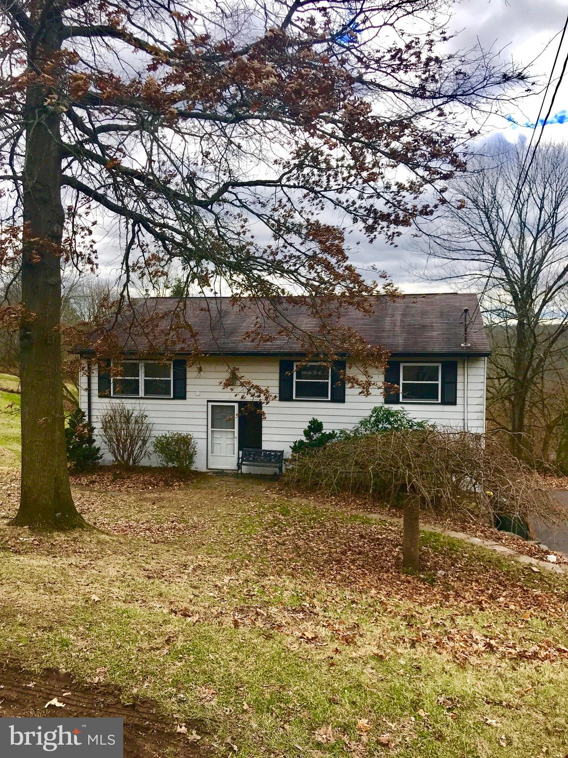 54 Laurie Hill Road, Ottsville, PA 18942