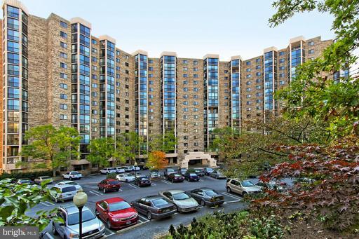 5904 Mount Eagle Dr #1405, Alexandria, VA 22303