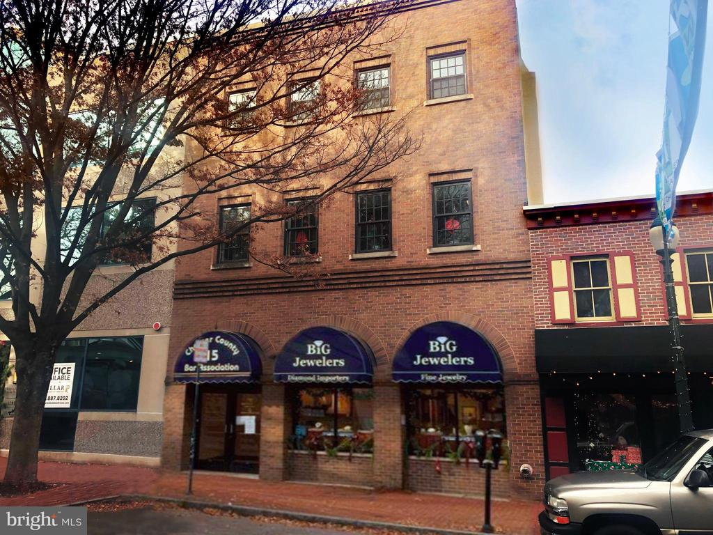 15 W Gay Street, West Chester, PA 19380