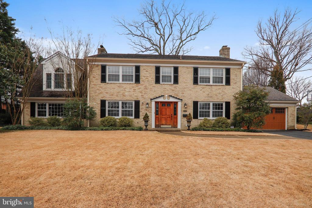 7212  BURTONWOOD DRIVE, Alexandria, Virginia