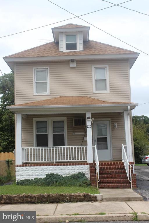 213 Ellis Street, Glassboro, NJ 08028
