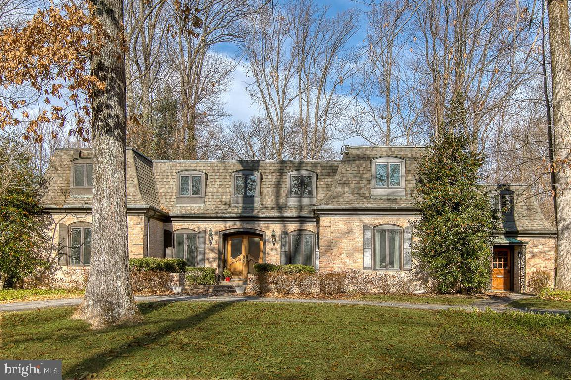 6418 CROSSWOODS DRIVE, FALLS CHURCH, VA 22044