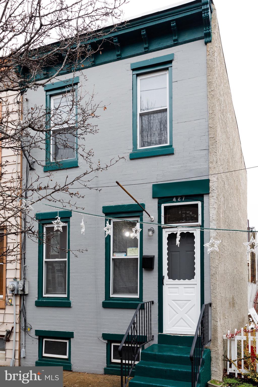 427 ROYDEN STREET, CAMDEN, NJ 08103