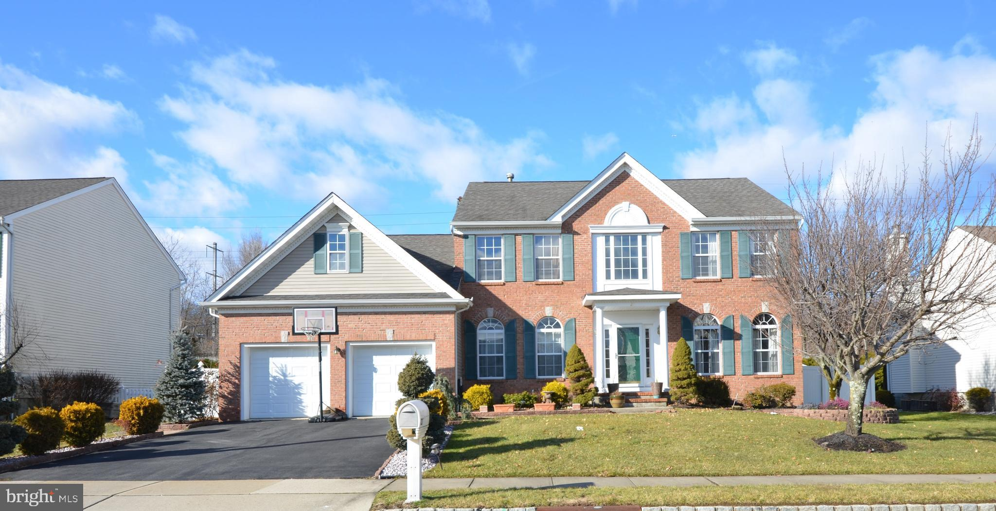 27 KELLY WAY, MONMOUTH JUNCTION, NJ 08852