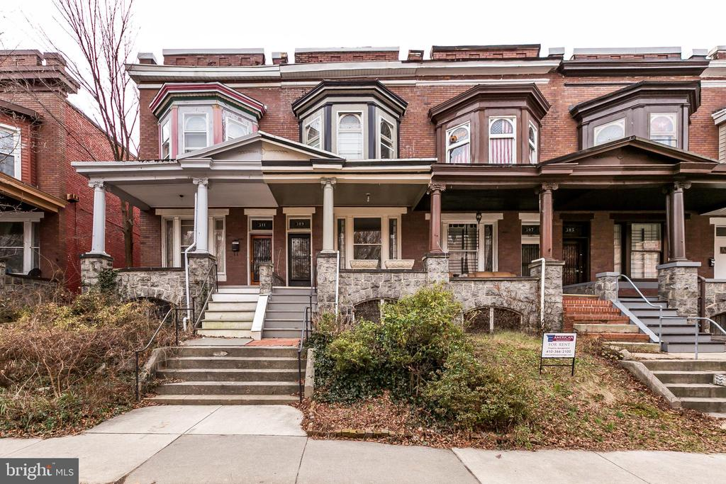 So much space * high ceiling * updated kitchen * updated bath * nice wood floors * elevated front porch *  balcony * walk-ability  score is incredible! * easy to get to MARC train * Waverly farmers market on Saturday * Charles Village remains one of Baltimore's urban jewels * Now is your chance * Vite, Vite, Vite!