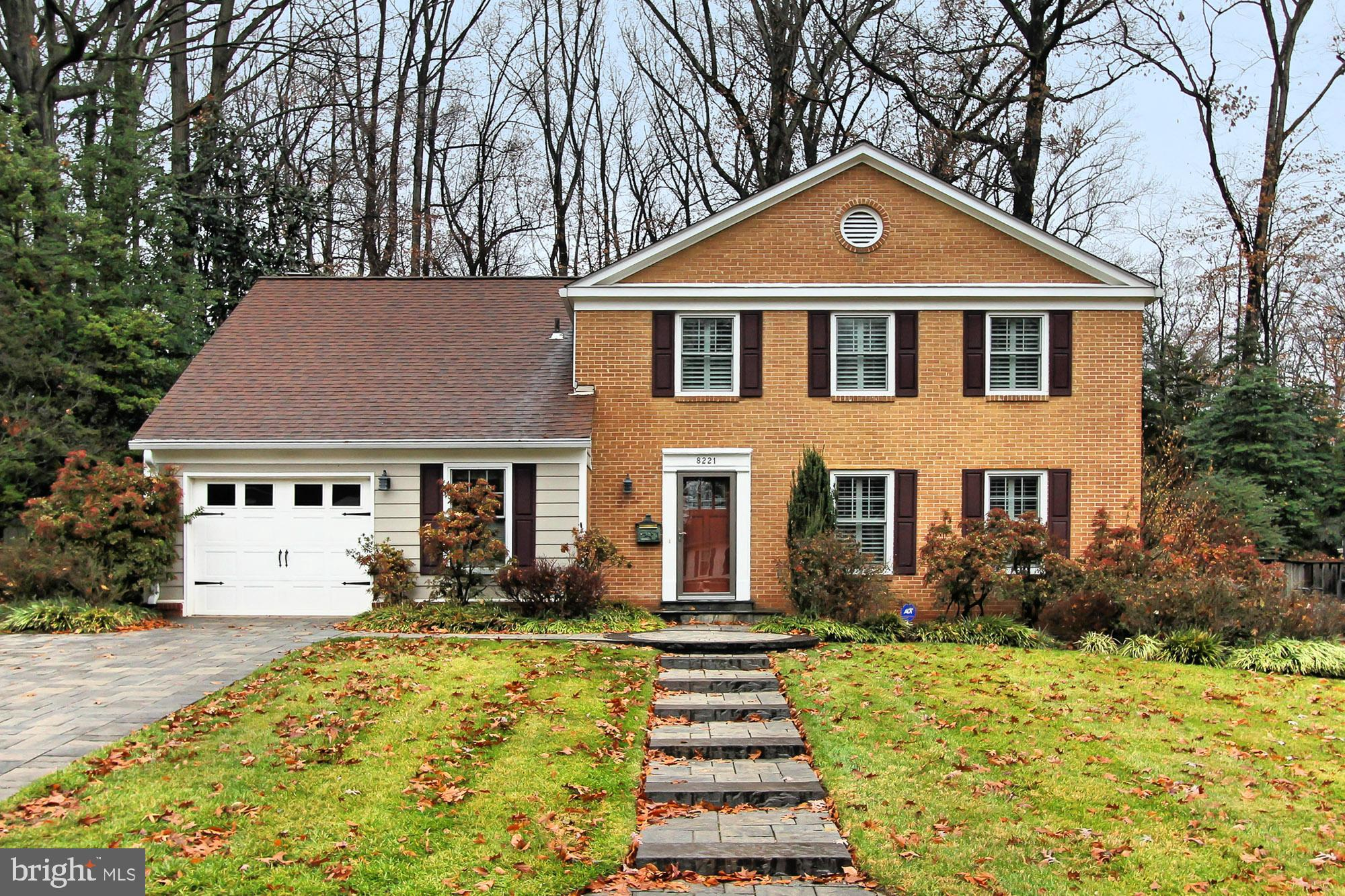 8221 TOLL HOUSE ROAD, ANNANDALE, VA 22003