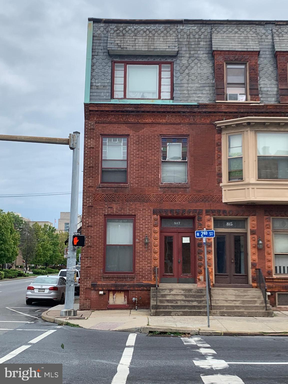 817 N 2ND STREET, HARRISBURG, PA 17101