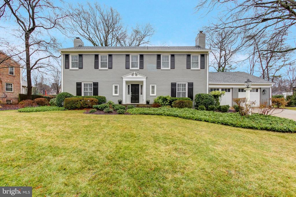 Welcome to this beautiful colonial in sought after Bradley Manor neighborhood. Meticulously renovated from top to bottom in 2017 with over 3900 sq ft of living space. This elegant home features five bedrooms, four fully renovated bathrooms, one half bath, generous sized living spaces, three wood burning fireplaces, a custom chef's kitchen with oversized island and a two car attached garage. Situated on a private landscaped lot. This home is perfect for entertaining inside and out!
