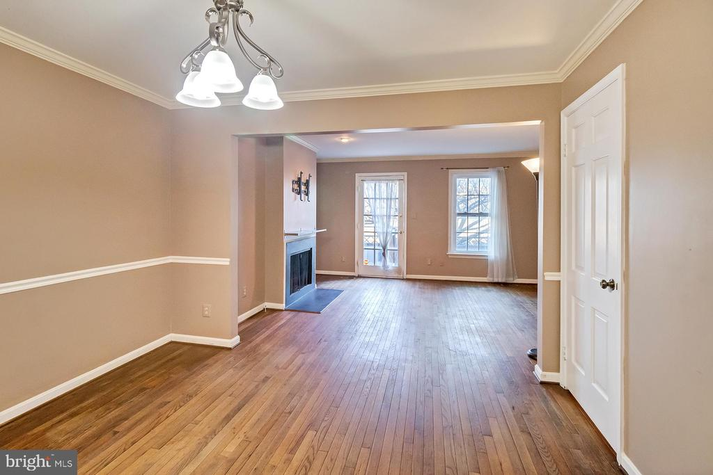 Photo of 449 Old Town Ct