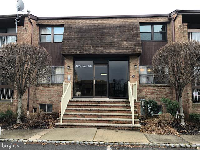 414 SHARON GARDEN COURT, WOODBRIDGE, NJ 07095