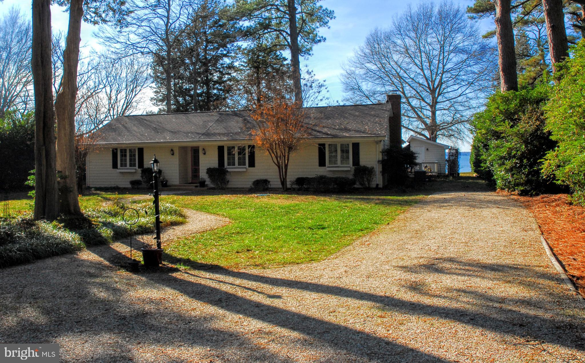 33 MAIDLEY BEACH ROAD, LANCASTER, VA 22503
